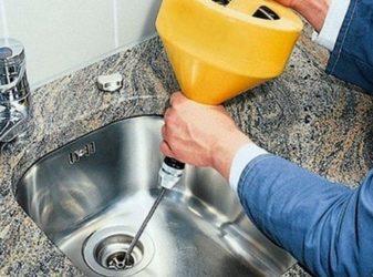 Чем быстро прочистить канализацию?